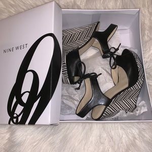 Nine West Black and White Wedges